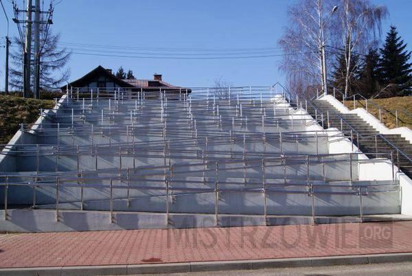 Nowoczesny podjazd dla niepełnosprawnych, Siedlce, ul. Kaczorowskiego –